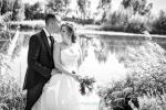 boda reportaje novios Villamuriel de Cerrato Palencia blanco y negro para una imagen llena de ternura